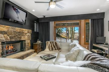 1087 Bachelor #104 Beaver Creek, CO