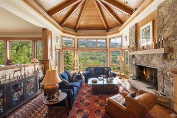 1058 Riva Glen Vail, CO