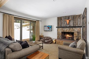 4508 Meadow Drive #101 Vail, CO