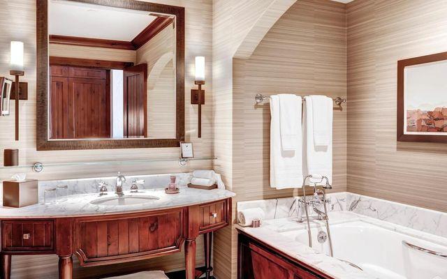 Ritz Residential Suites hs613 - photo 15