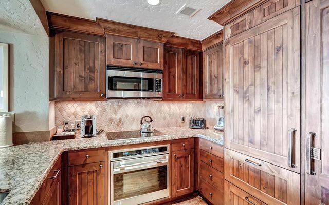 Ritz Residential Suites hs613 - photo 2