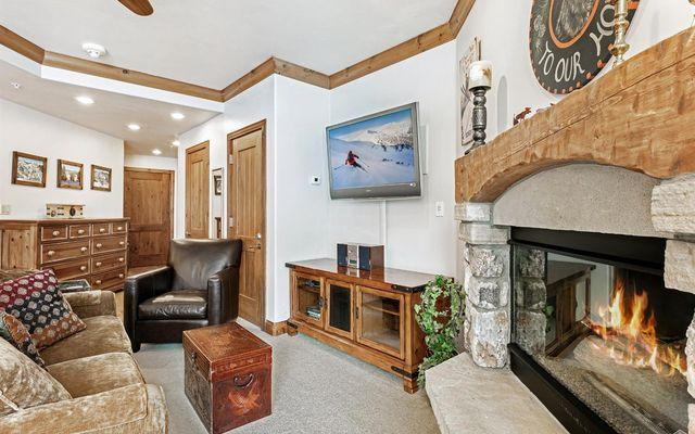 Elkhorn Lodge Condo 205 - photo 5