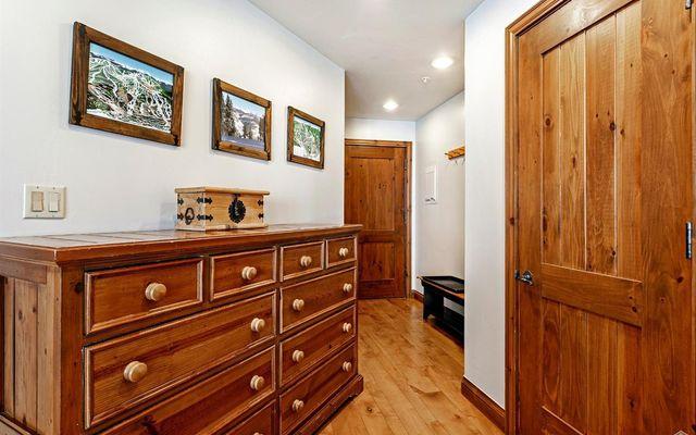 Elkhorn Lodge Condo 205 - photo 8