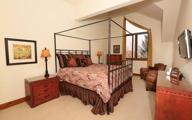 Pinecone Lodge 305 - photo 4