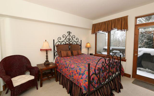 Pinecone Lodge 305 - photo 6