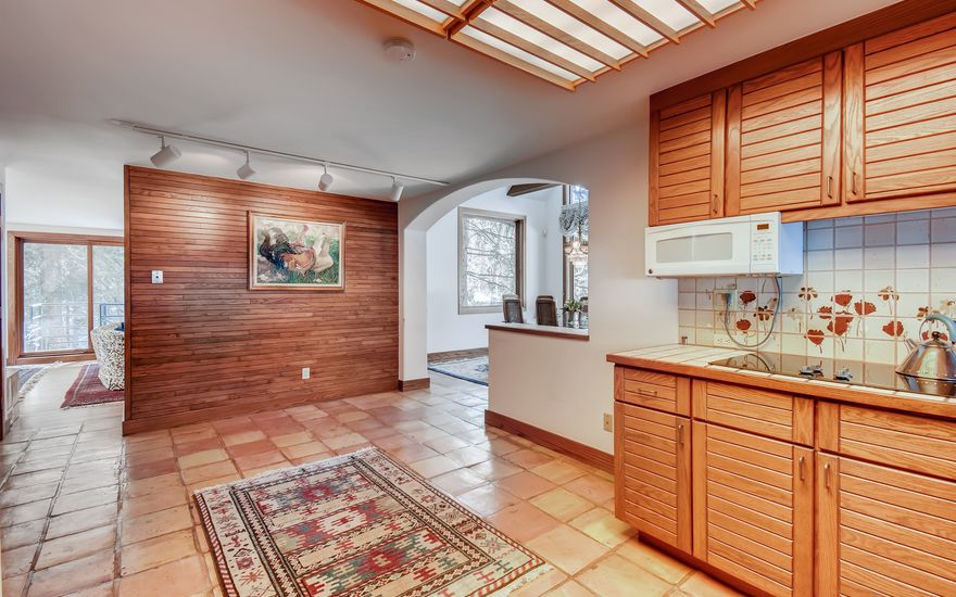 272 West Meadow Drive A - photo 23