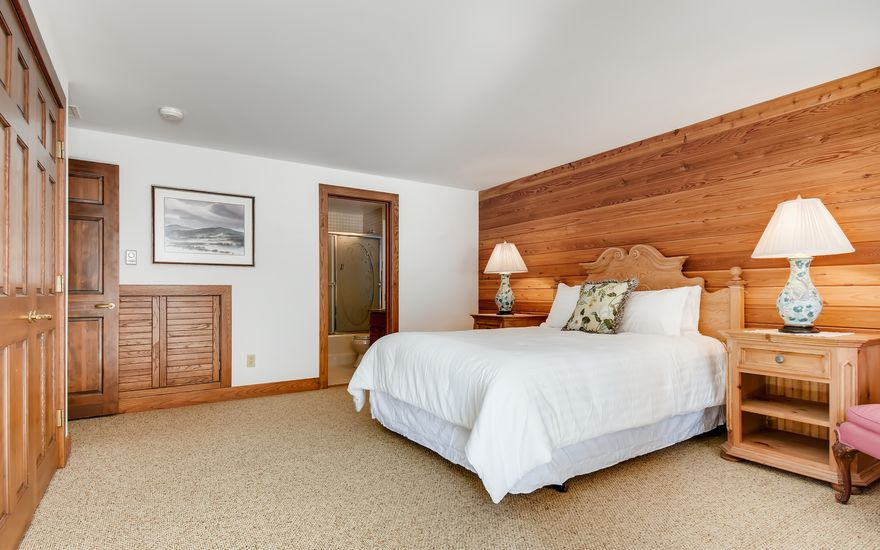 272 West Meadow Drive A - photo 32