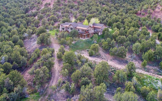 1055 Cottonwood Pass Road B - photo 48