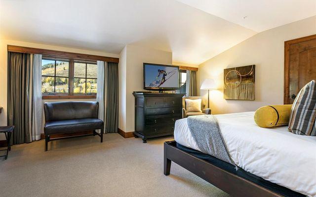 Ritz Carlton Residences R-620 - photo 12