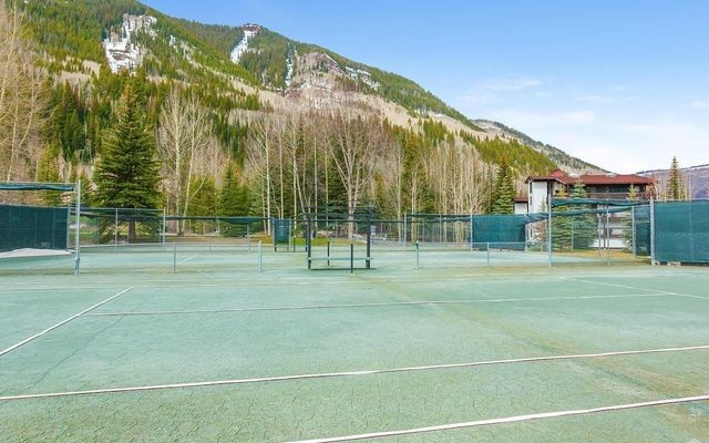 Vail Racquet Club Condos 8-12 - photo 22
