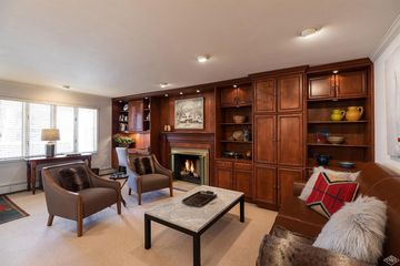 433 Gore Creek Drive 11A Vail, CO