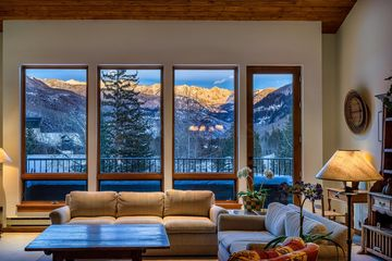 600 Vail Valley Drive E 9 Vail, CO
