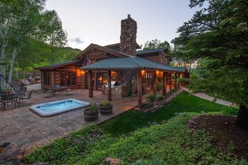 8975 Brush Creek Road Eagle, CO 81631