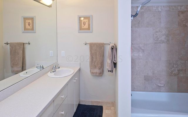 Mountain Meadows Condo e17 - photo 17