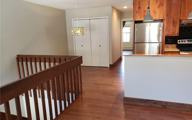 Mount Royal Condo B - photo 7