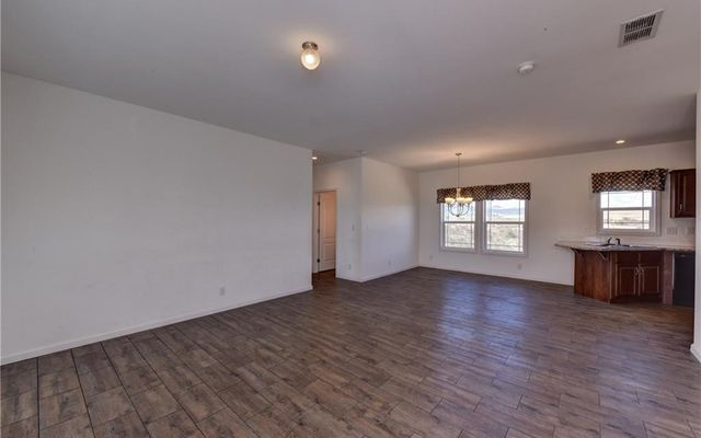 1190 Meadow Drive - photo 2