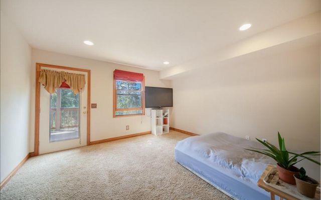 1296 Forest Hills Drive - photo 17