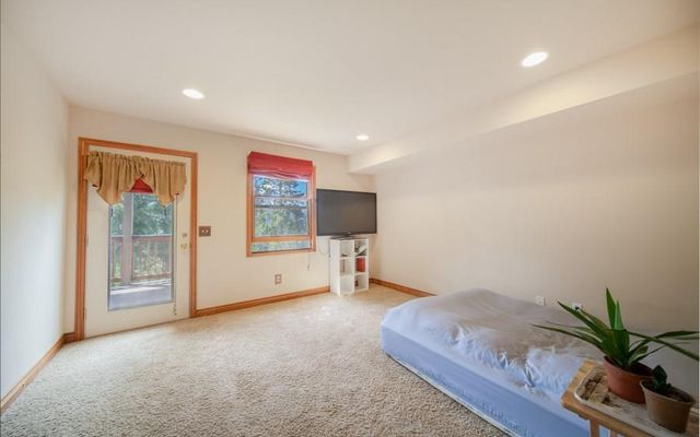 1296 Forest Hills Drive - photo 33