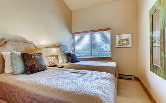 Powderhorn Condo B-404 - photo 15