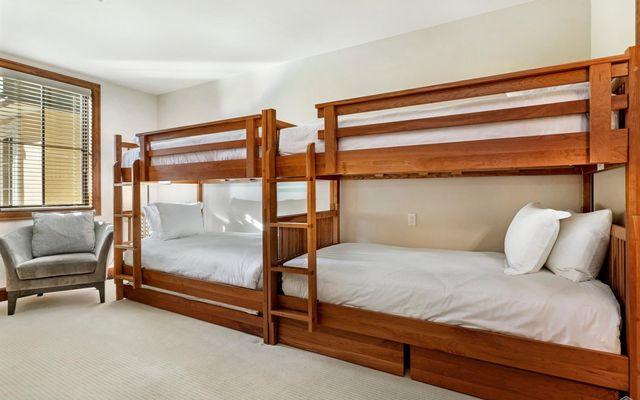 Ritz Carlton Residences R-515 - photo 14