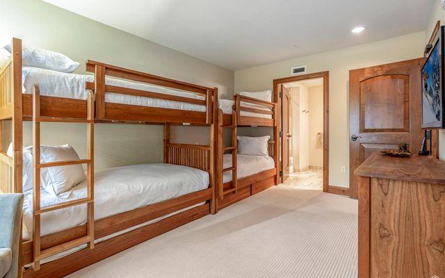 Ritz Carlton Residences R-515 - photo 15