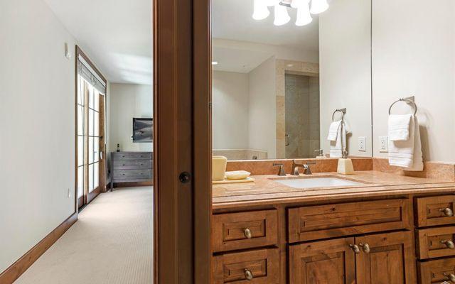 Ritz Carlton Residences R-515 - photo 21