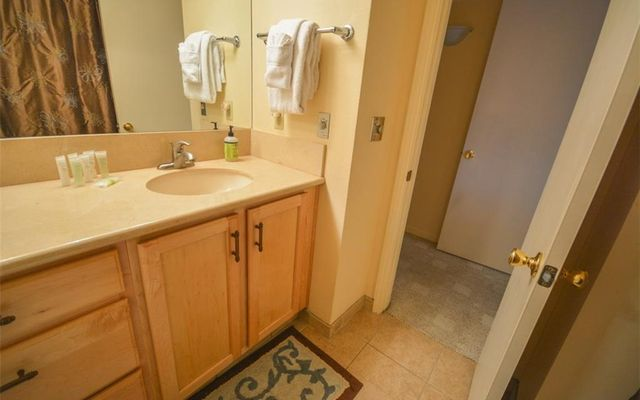 Dillon Bay In Corinthian Hill Condo 204 - photo 9