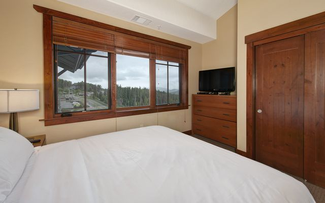 One Ski Hill Place 8422 - photo 12