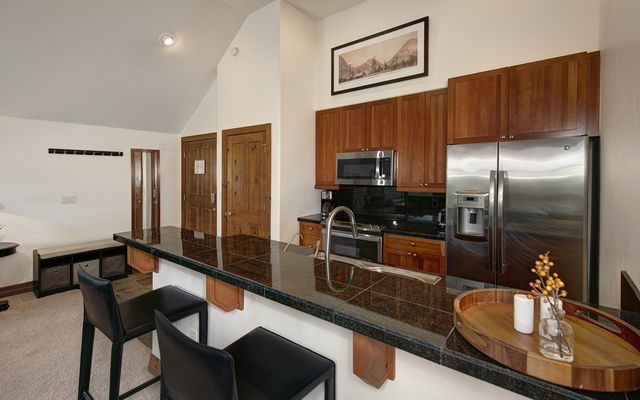 Highland Greens Lodge 404 - photo 6