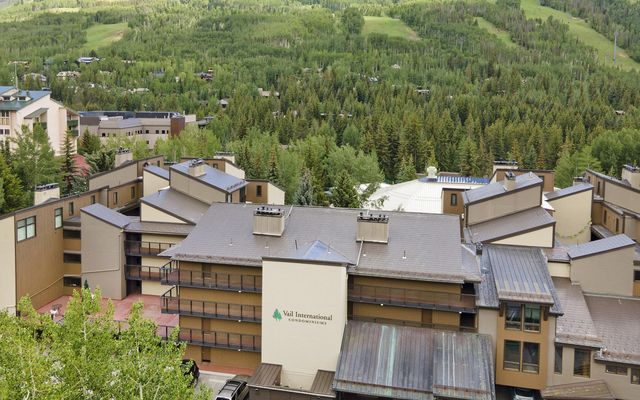 Vail International 202 - photo 1
