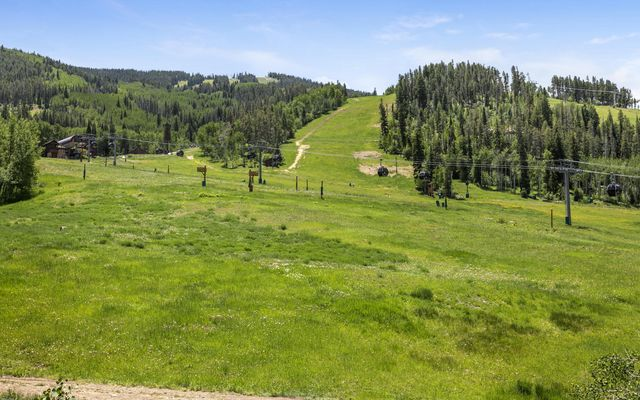 Highlands Slopeside Cond 211 - photo 29