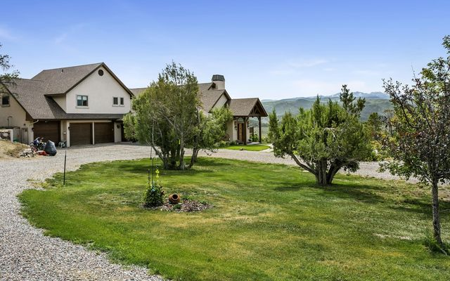 1005 Castle Peak Ranch Road - photo 6