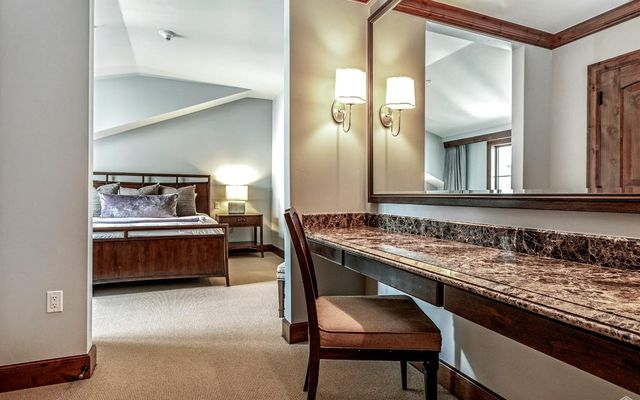 Ritz Carlton Residences R-625 - photo 16