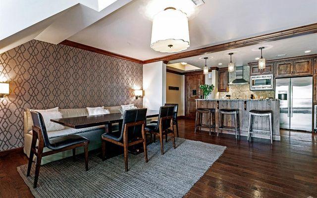 Ritz Carlton Residences R-625 - photo 4