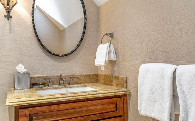 Ritz Carlton Residences R-625 - photo 9