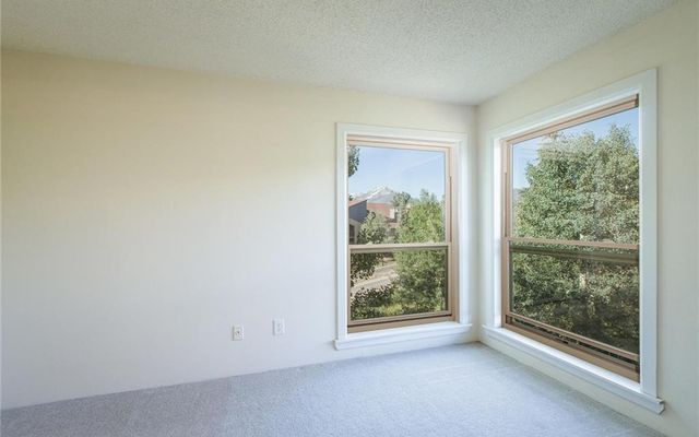 New Lamartine Condo 2730 - photo 11