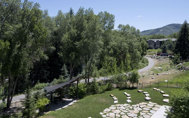 Riverwalk Emerald Bldg. Condo r205 - photo 27