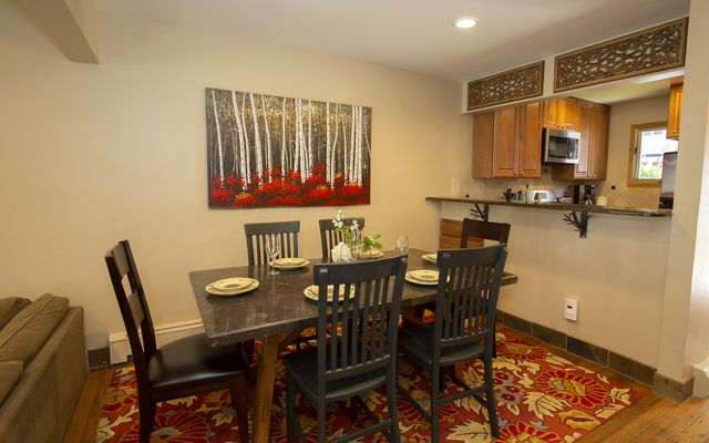 Vail Village West 2 Ptarmigan Townhomes 31 - photo 4