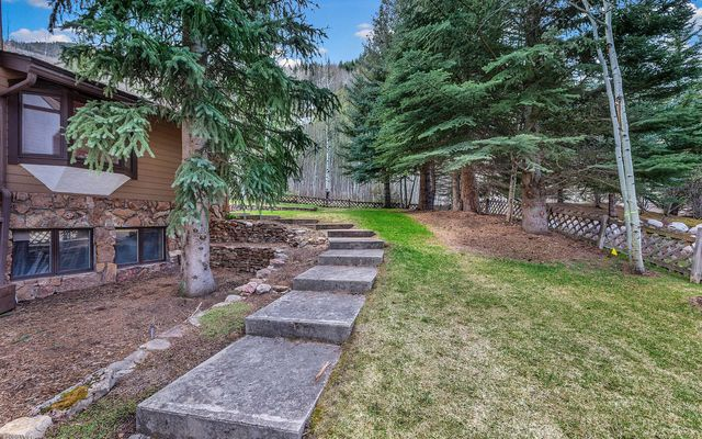 1388 Vail Valley Drive W - photo 2
