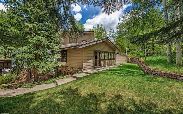 1388 Vail Valley Drive W - photo 33