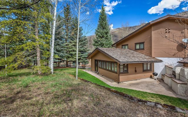 1388 Vail Valley Drive W - photo 4
