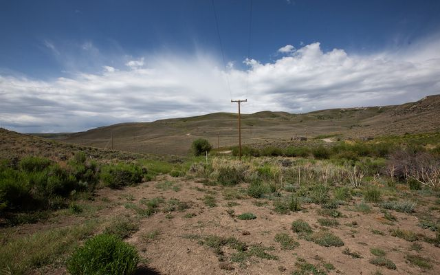 wc27 Horse Mountain Ranch - photo 2