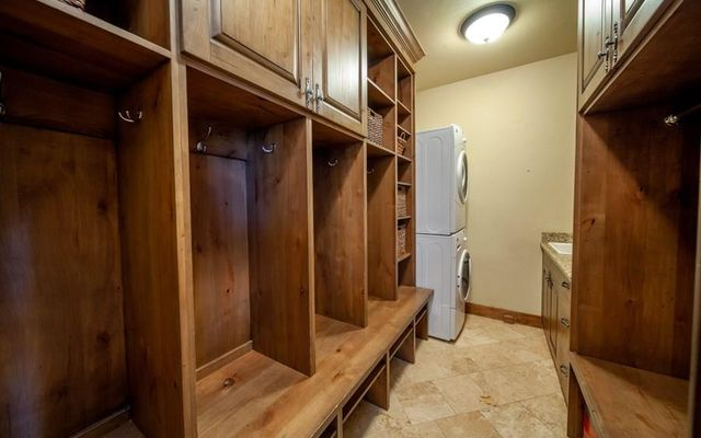 80 Mule Deer Court - photo 19