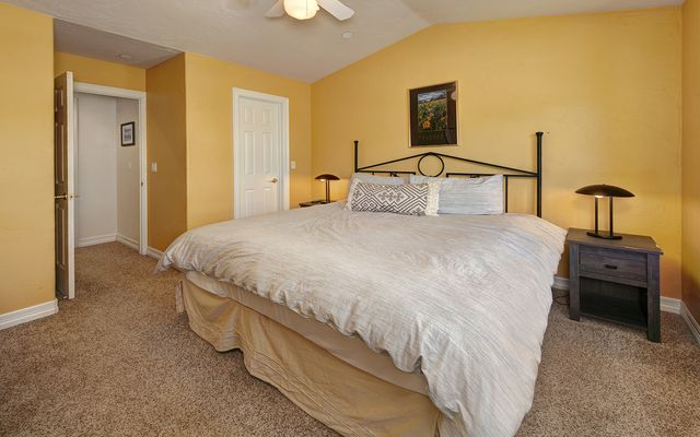 Kingdom Park Townhomes 826 - photo 20
