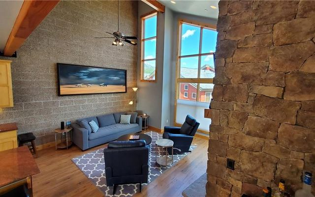Laredo Lofts Townhomes 26 - photo 4