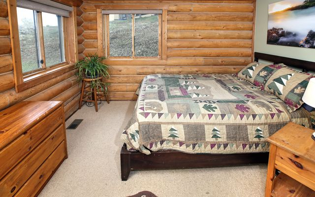2450 Saddle Ridge Loop B - photo 7
