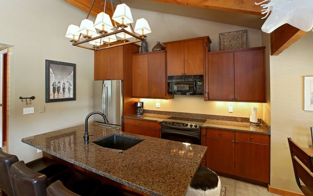 Northridge Condo B-5 - photo 8