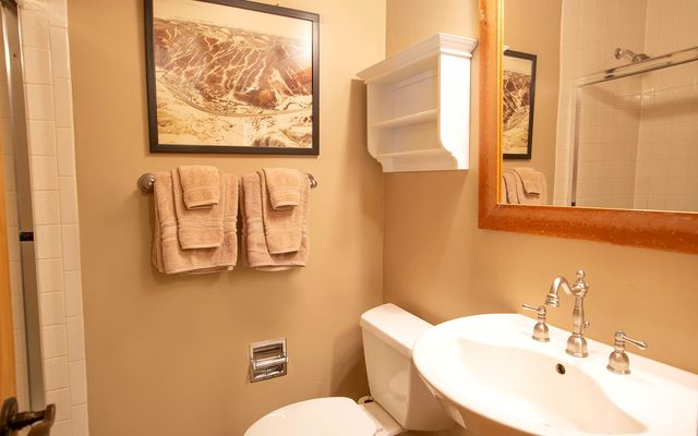 Avon Lake Villas S-2 - photo 11