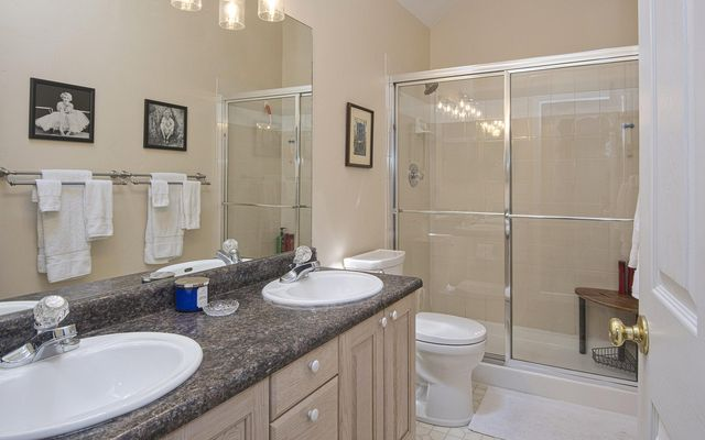 Castle Peak Townhome f2 - photo 14