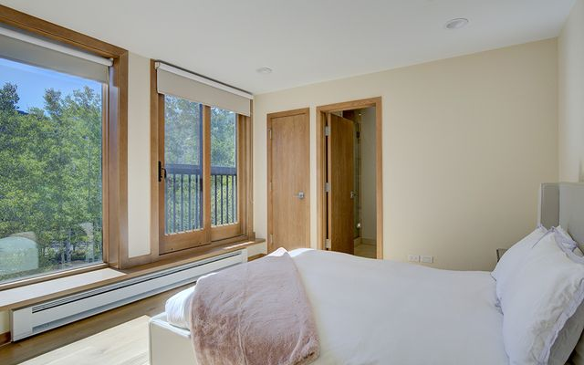 Vail Spa Condominiums 311 - photo 10